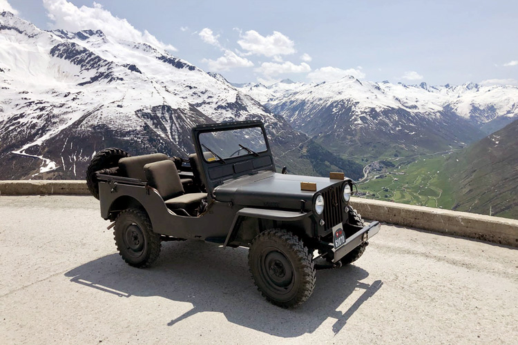 Swisspecial - Private Guiding in Switzerland - Trips - Mountain Dirt Roads